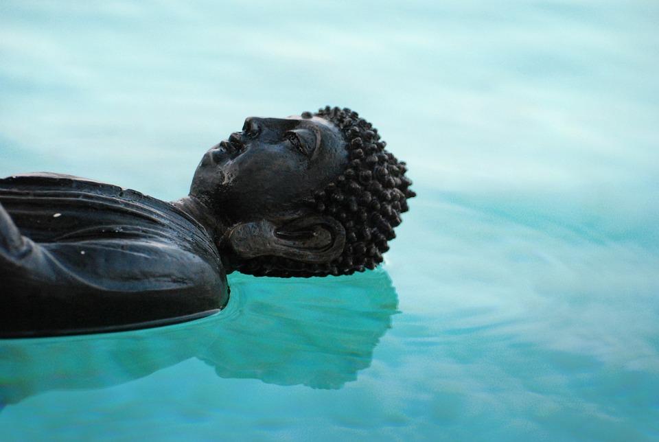 Deze afbeelding heeft een leeg alt-attribuut; de bestandsnaam is buddha-509372_960_720.jpg